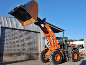 Hitachi ZW310 High Lift